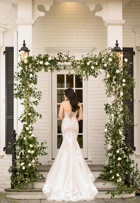 Martina Liana Kleid, figurbetontes Brautkleid, Braut, Hochzeit