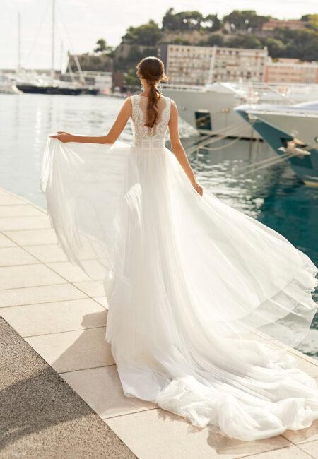 Aire Barcelona, Braut am Wasser, Hafen, Steg