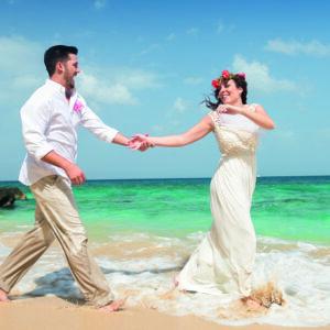 Flitterwochen, Karibik, Brautpaar