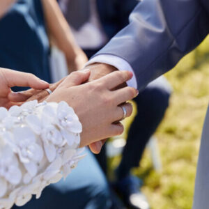 Ringe, Jawort, Hochzeit, Trauung, Anzug, Brautkleid